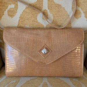 Vintage camel croc embossed clutch. Made in Italy